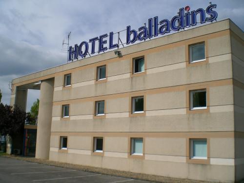 Brit Hotel St Quentin Nord