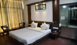 HOTEL PARTH INN