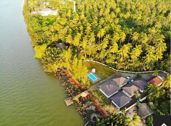 Garden View Villa (13) Surat Thani