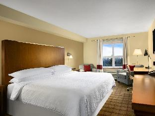 Фото отеля Four Points by Sheraton Victoria Gateway