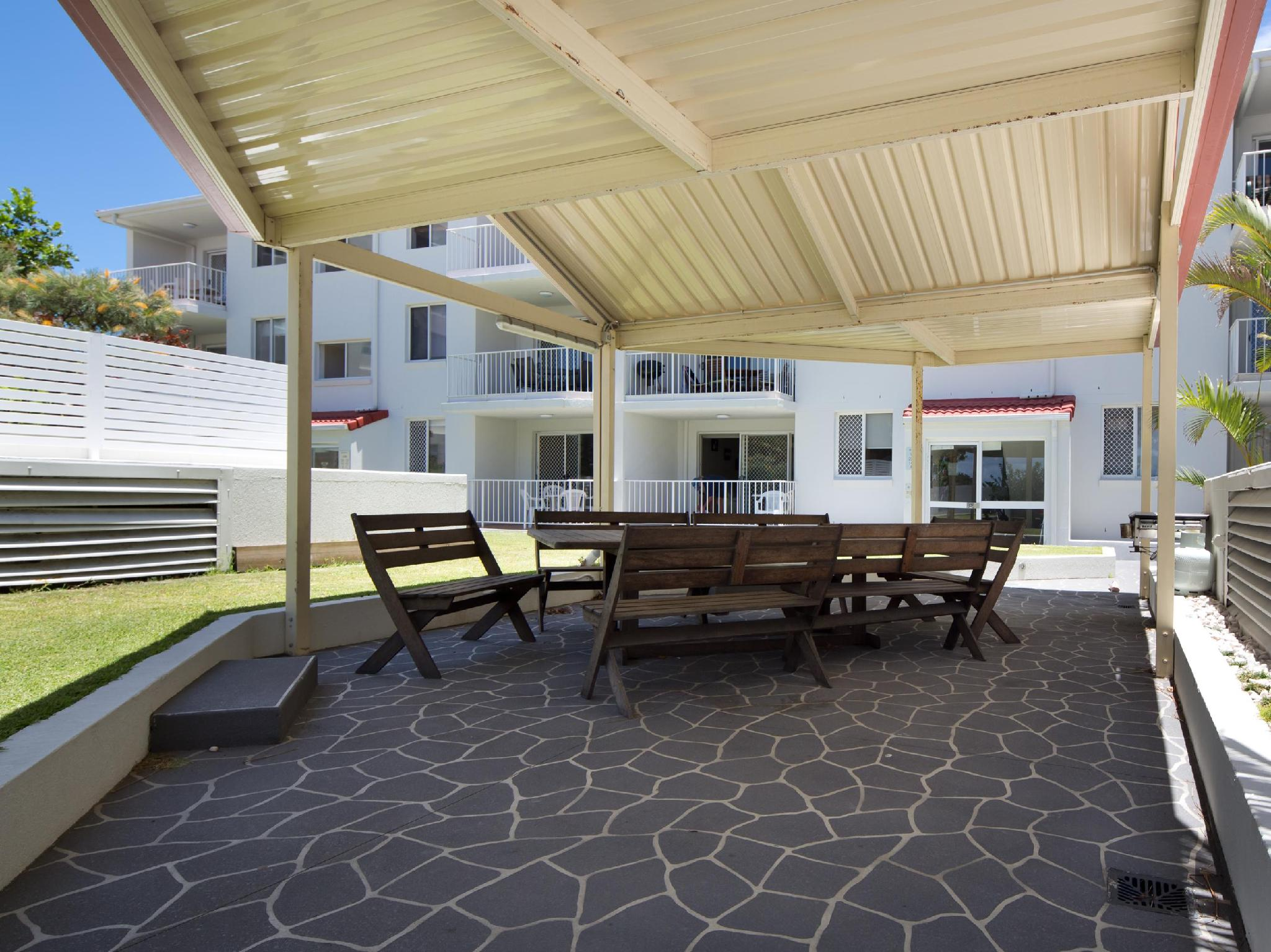 Review Burleigh Point Holiday Apartments