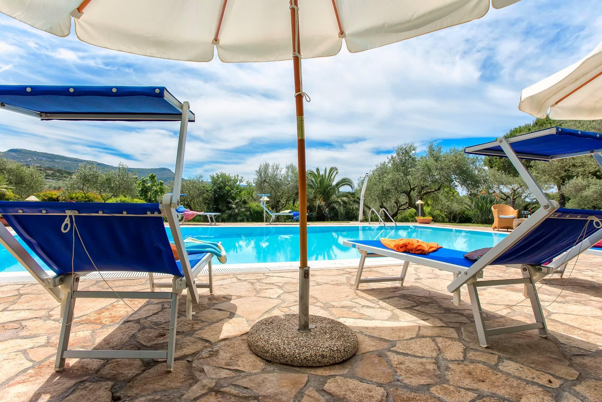 Alghero, Villa Smeralda with independent swimming pool