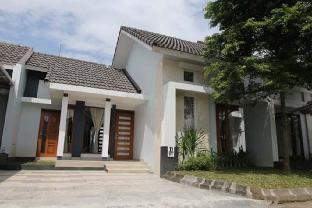Rumah Qeela