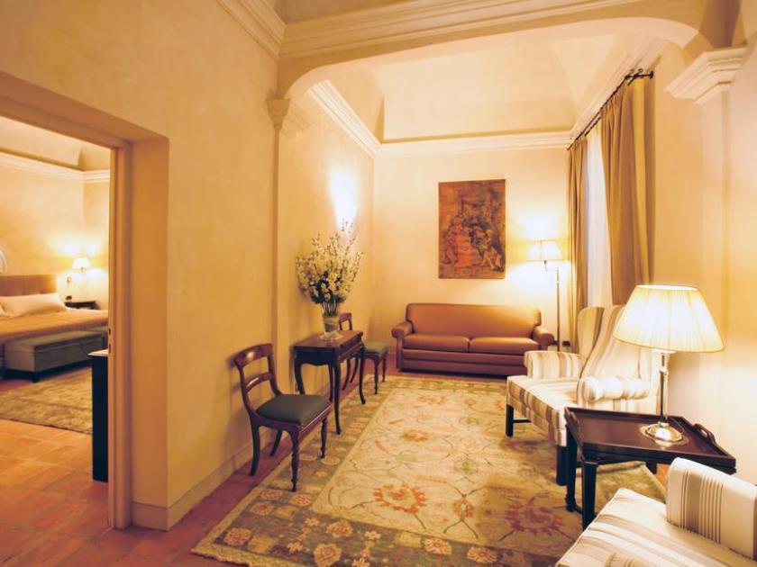 Relais Sant'Uffizio Hotel