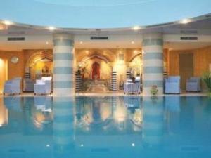 Spa Club Hotel