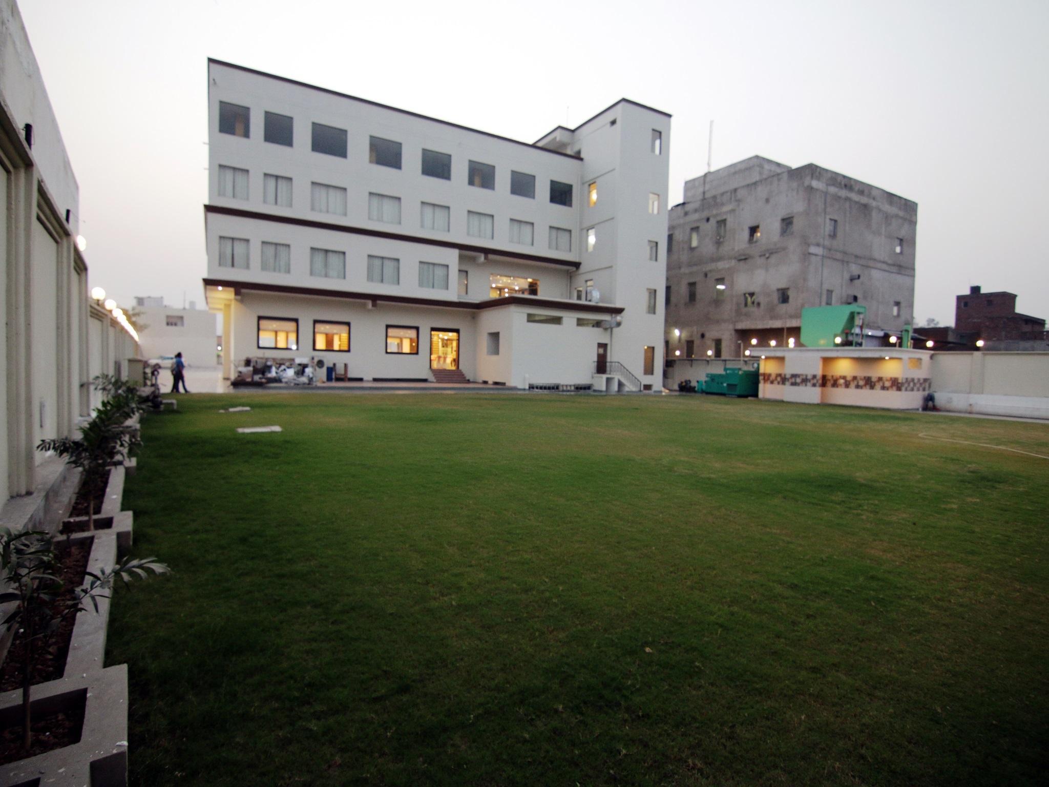 Mango Hotels Jammu- Bari Brahmana Reviews