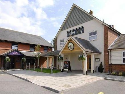 Premier Inn Poole Centre   Holes Bay