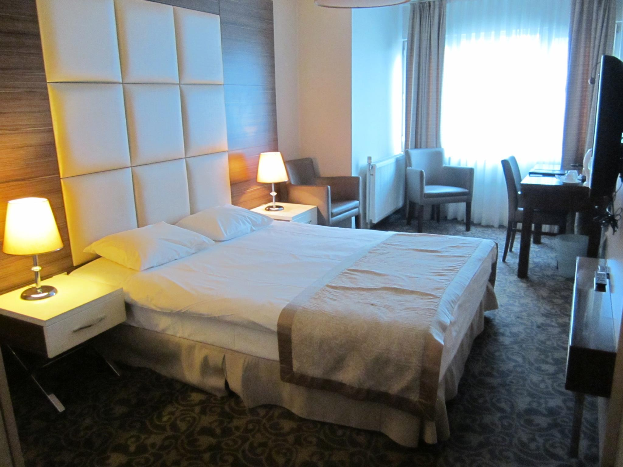 Derpa Suite Hotel