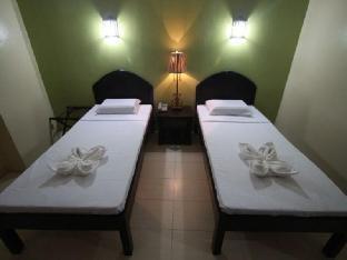 picture 2 of Sampaguita Suites Plaza Garcia