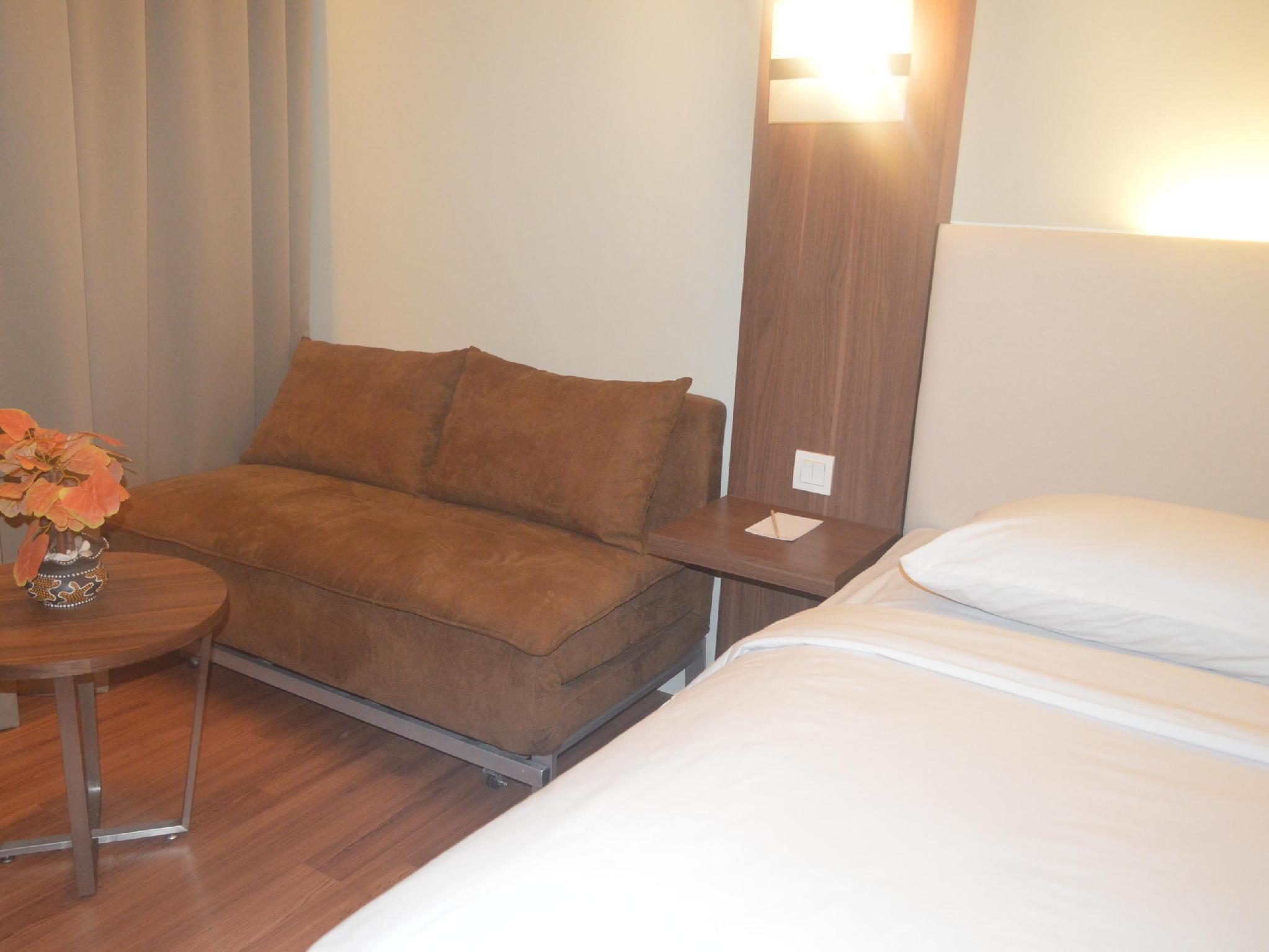 Grand Cikarang Hotel