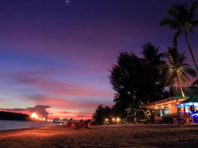 ดากานดา วิลล่า บีช รีสอร์ท – Da Kanda Villa Beach Resort