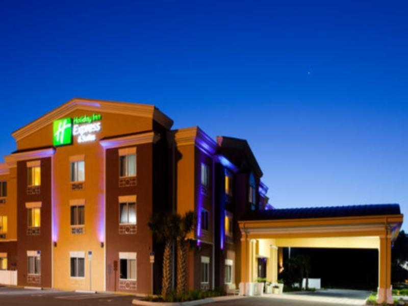 Holiday Inn Express Hotel And Suites Brooksville I 75
