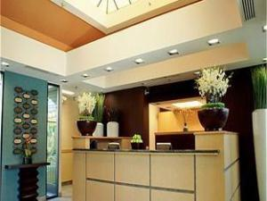 Tentang Holiday Inn Express Hotel & Suites Santa Clara - Silicon Valley (Holiday Inn Express Hotel & Suites Santa Clara - Silicon Valley)