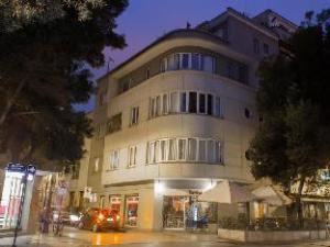 Lastarria Tourist Apartments 43-61
