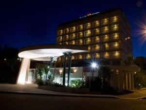 โรงแรมปาราเช่ (Palace Hotel)