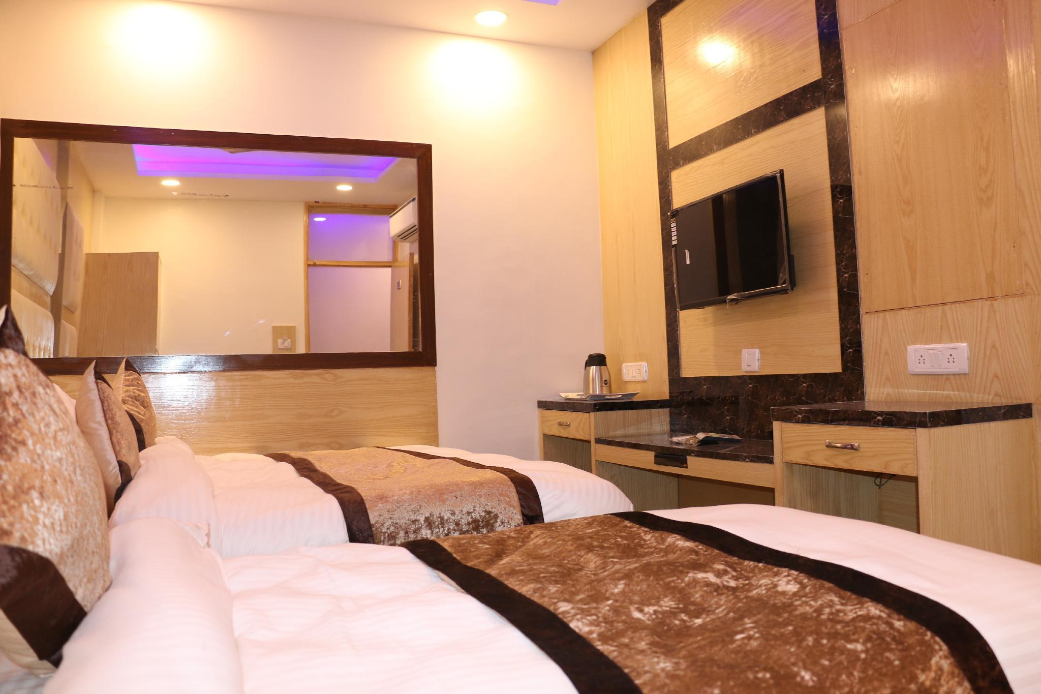 Prince Polonia Hotel