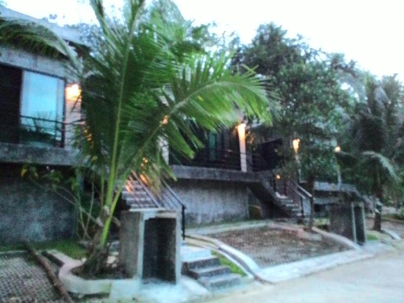 Phuket Phuchada Residence
