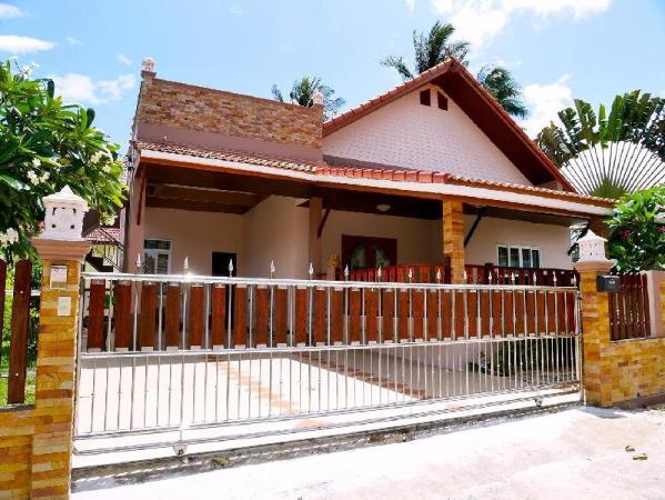 Bangsaphan Paradise Choco Villa 5-min to the beach Prachuap Khiri Khan