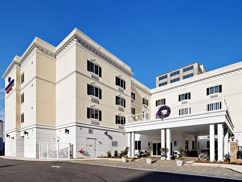 Candlewood Suites Mobile Downtown