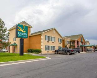 凱藝套房旅館 - 機場西側