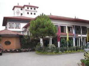 關於馬拉飯店 (The Malla Hotel)