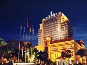 Bolton Hotel
