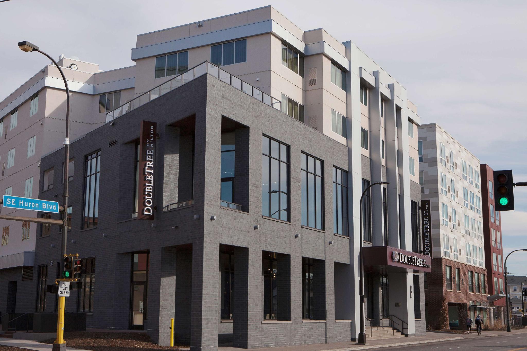 DoubleTree By Hilton Minneapolis University Area