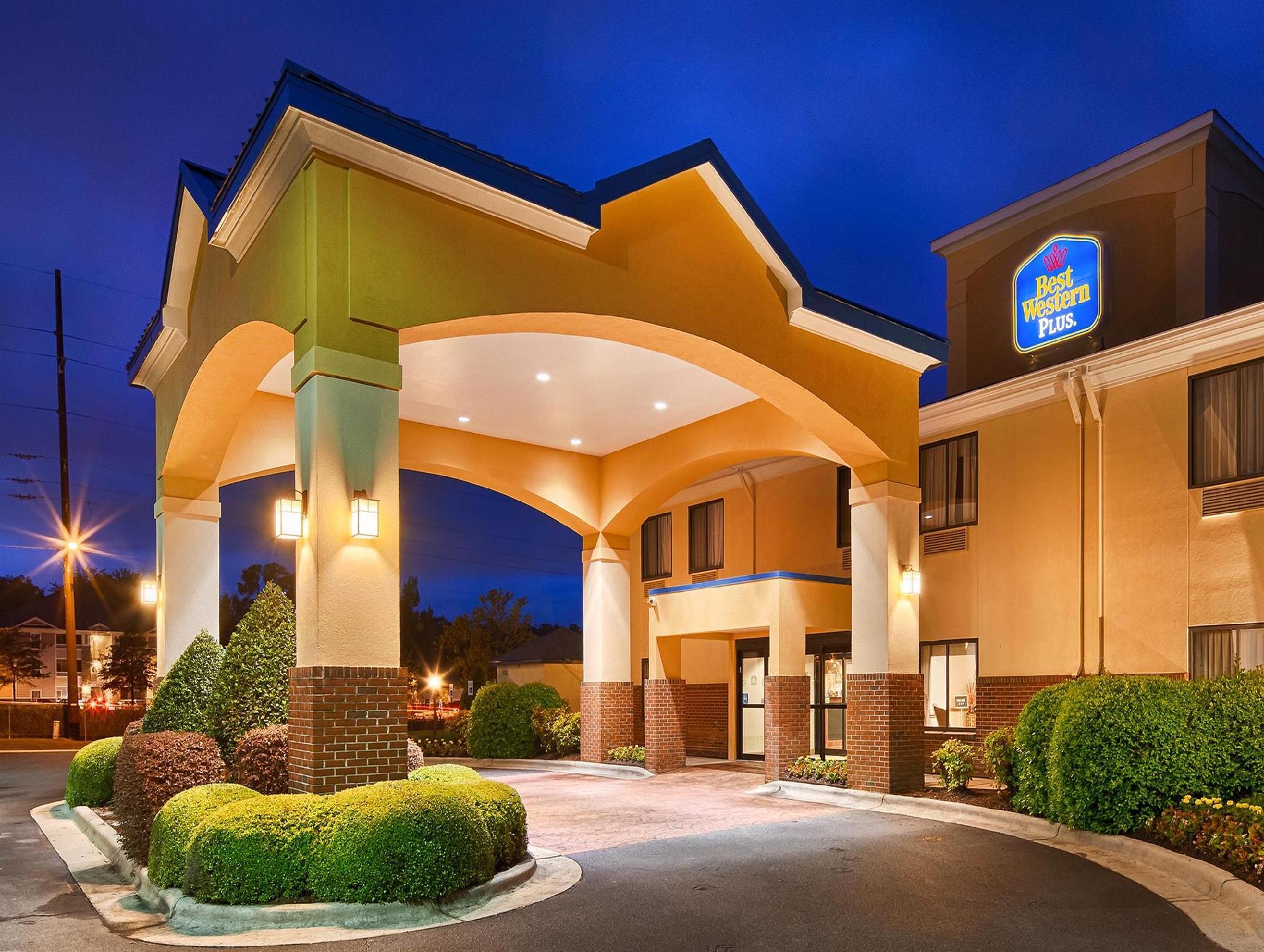 Best Western Plus Suites Greenville