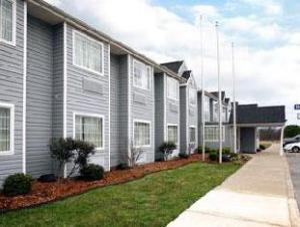 Days Inn and Suites Pryor