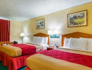 Econo Lodge Lansing Leavenworth Lansing