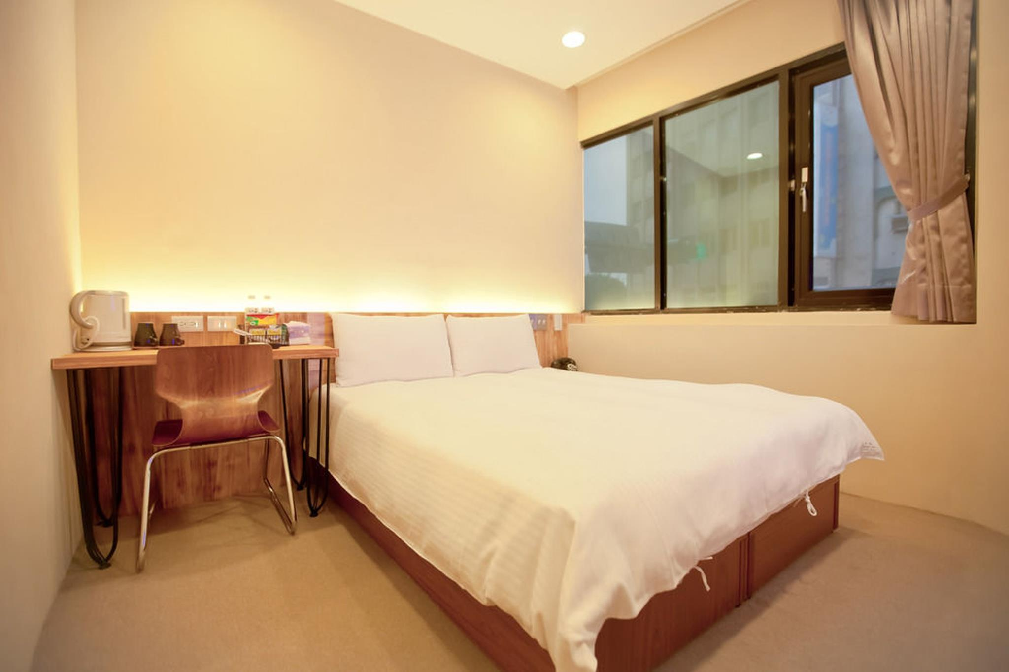 A SIMPLE PLACE Superior Double Room 3