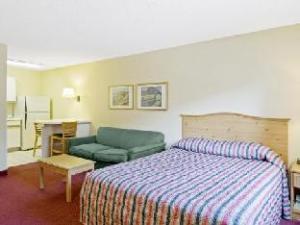 Homestead Denver Cherry Creek Hotel