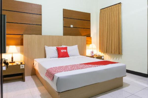 OYO 3803 Hotel Wonojati Syariah Malang Malang
