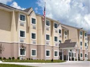 Microtel Inn & Suites by Wyndham Bluffs