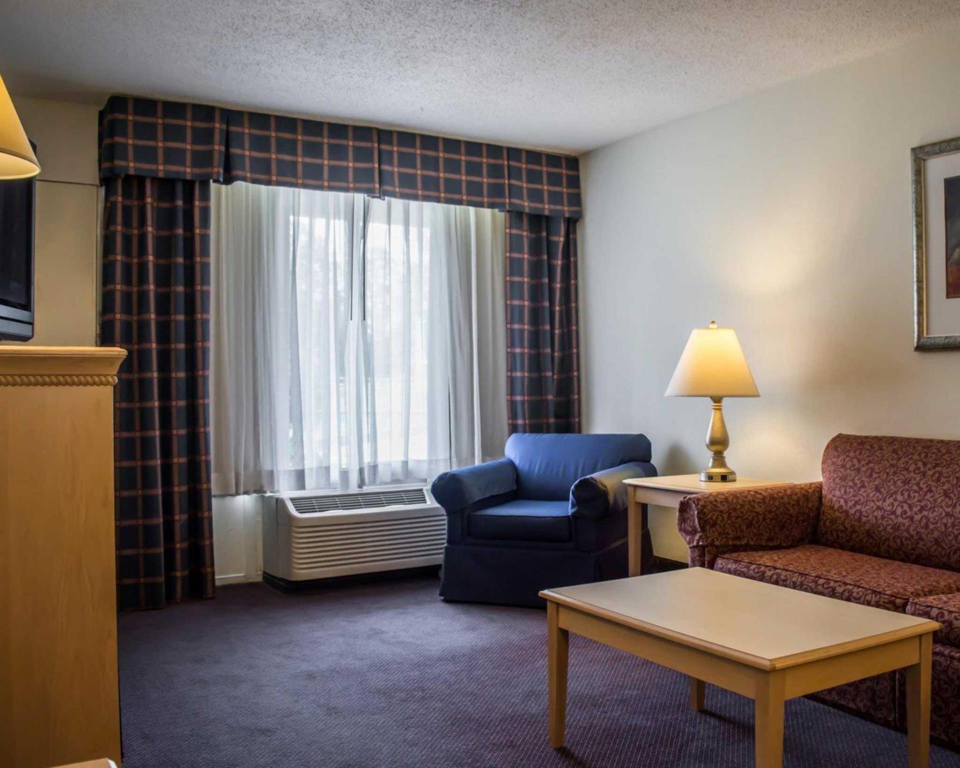 Quality Inn And Suites And Conference Center
