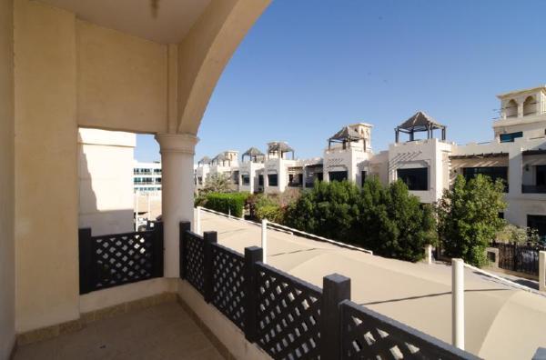 Rojen - Superior City Chalet B Dubai