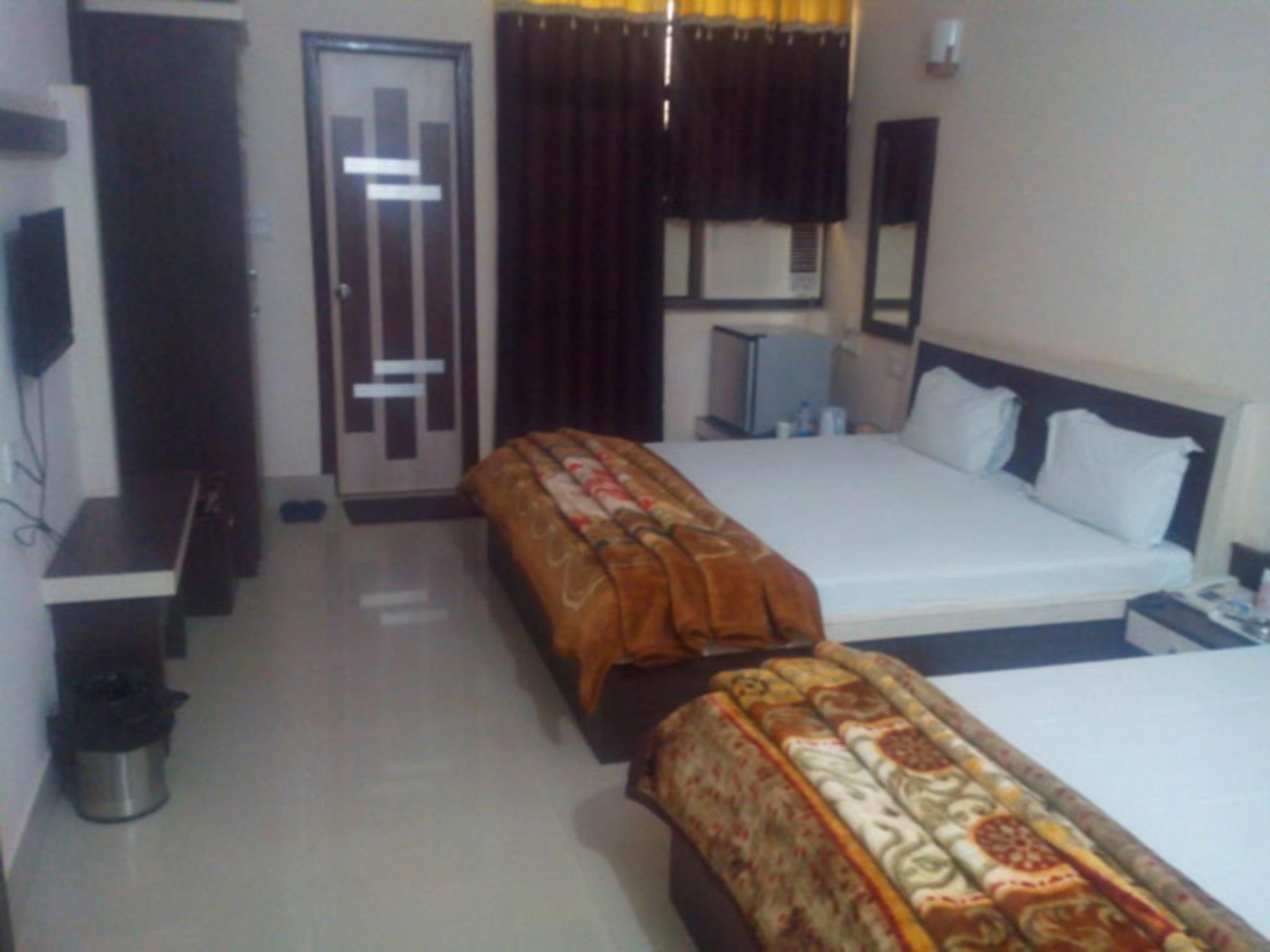 Hotel Aashirwad