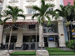 Bizo Diamond Hotel & Bar