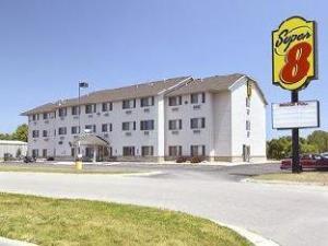Super 8  Mason City Hotel