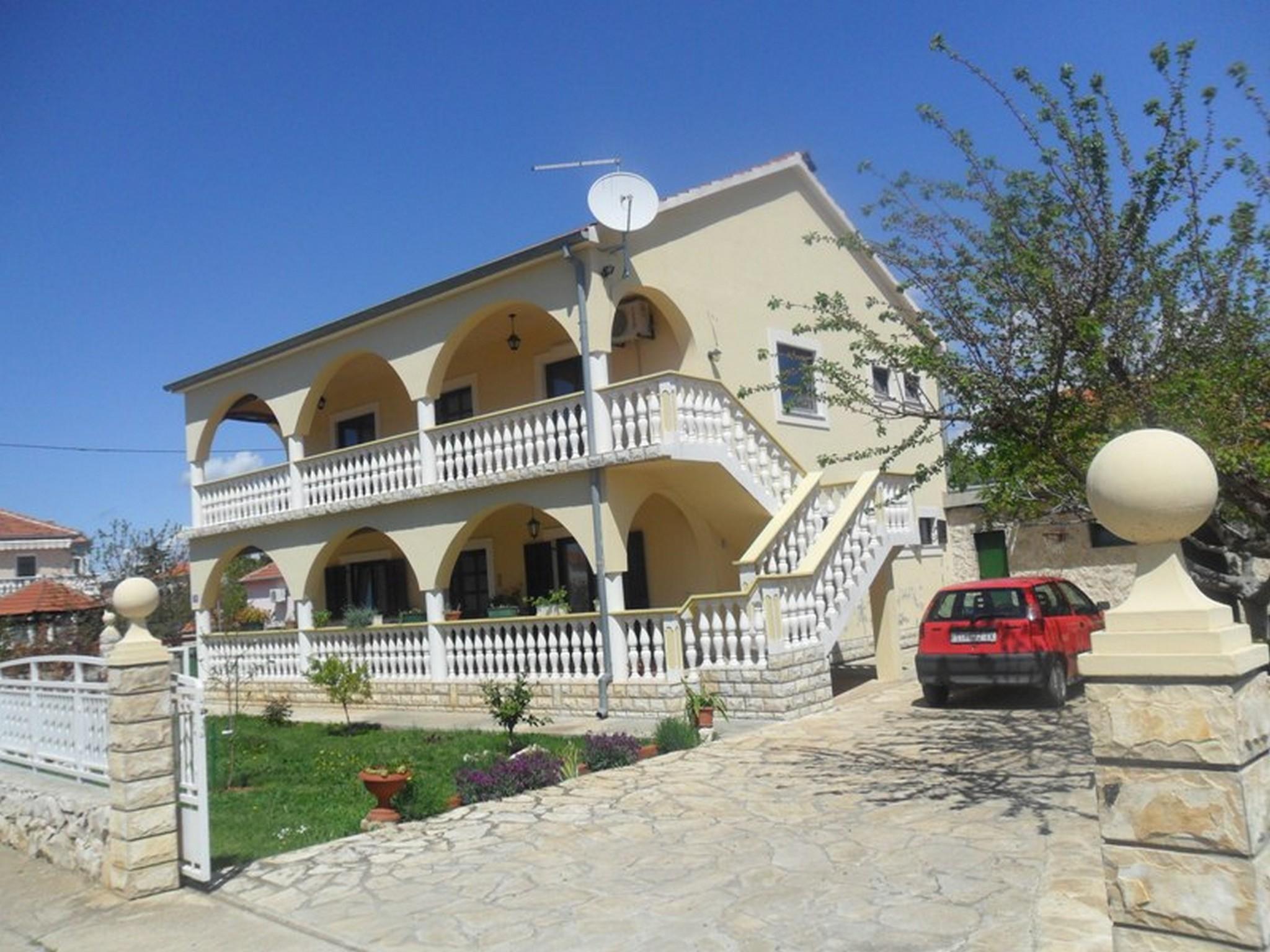 Three Bedroom Apartment In Sukosan Near Zadar