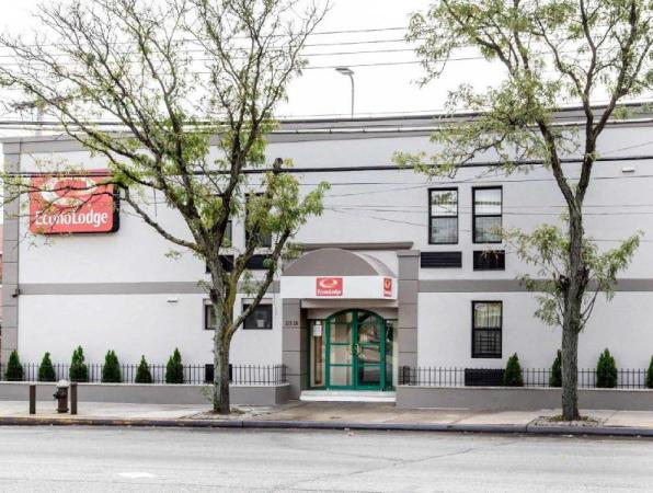 Econo Lodge South Ozone Park Hotel New York