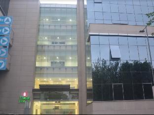 Trinity Corporate Suites