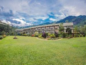 Hunas Falls Hotel by Amaya Kandy