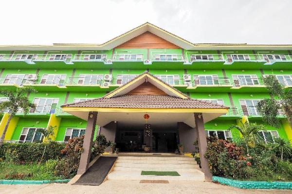 OYO 920 Saensukkho Hotel And Resorts Chiang Rai