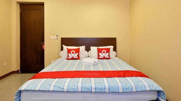 ZEN Rooms Terogong Near Pondok Indah