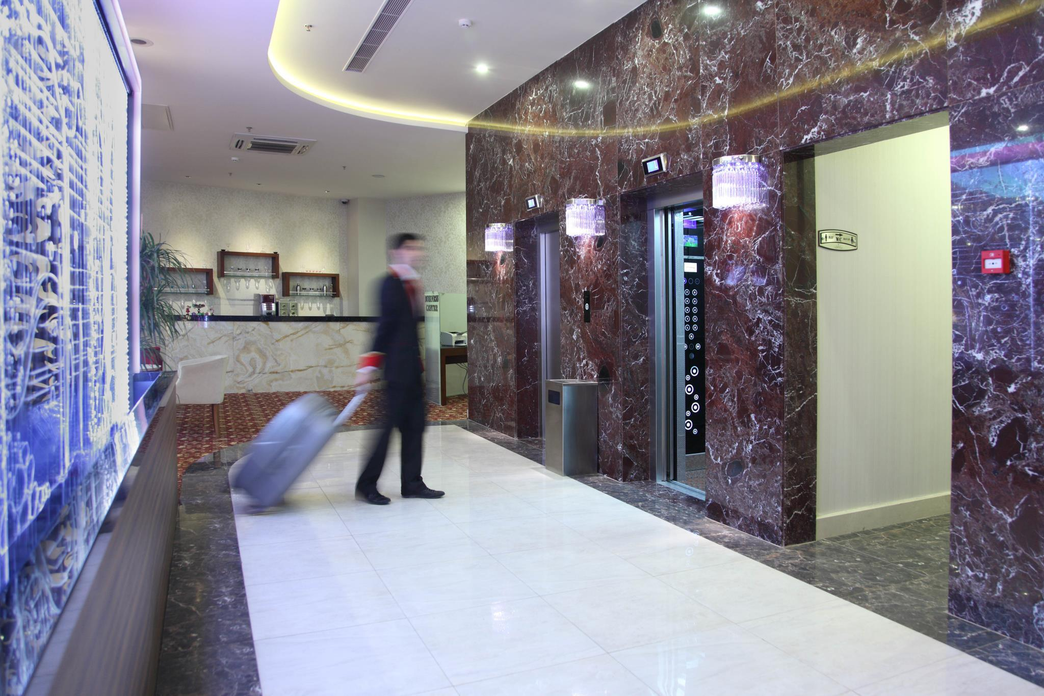 Otel Senbayrak City