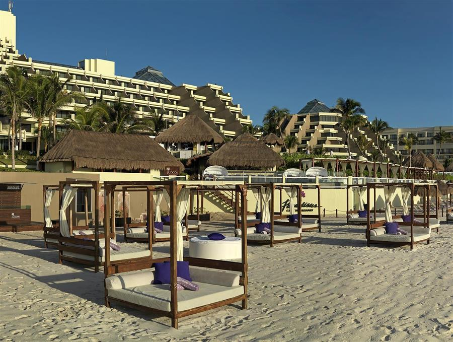 Cancun paradisus canc n all inclusive resort spa in for All inclusive resorts in north america