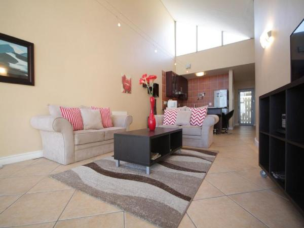 B24 Seaside Village Apartment Cape Town