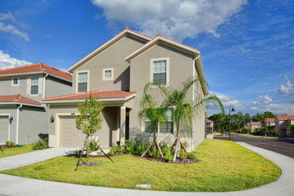 Beautiful Home In Paradise Palms 3191 PP