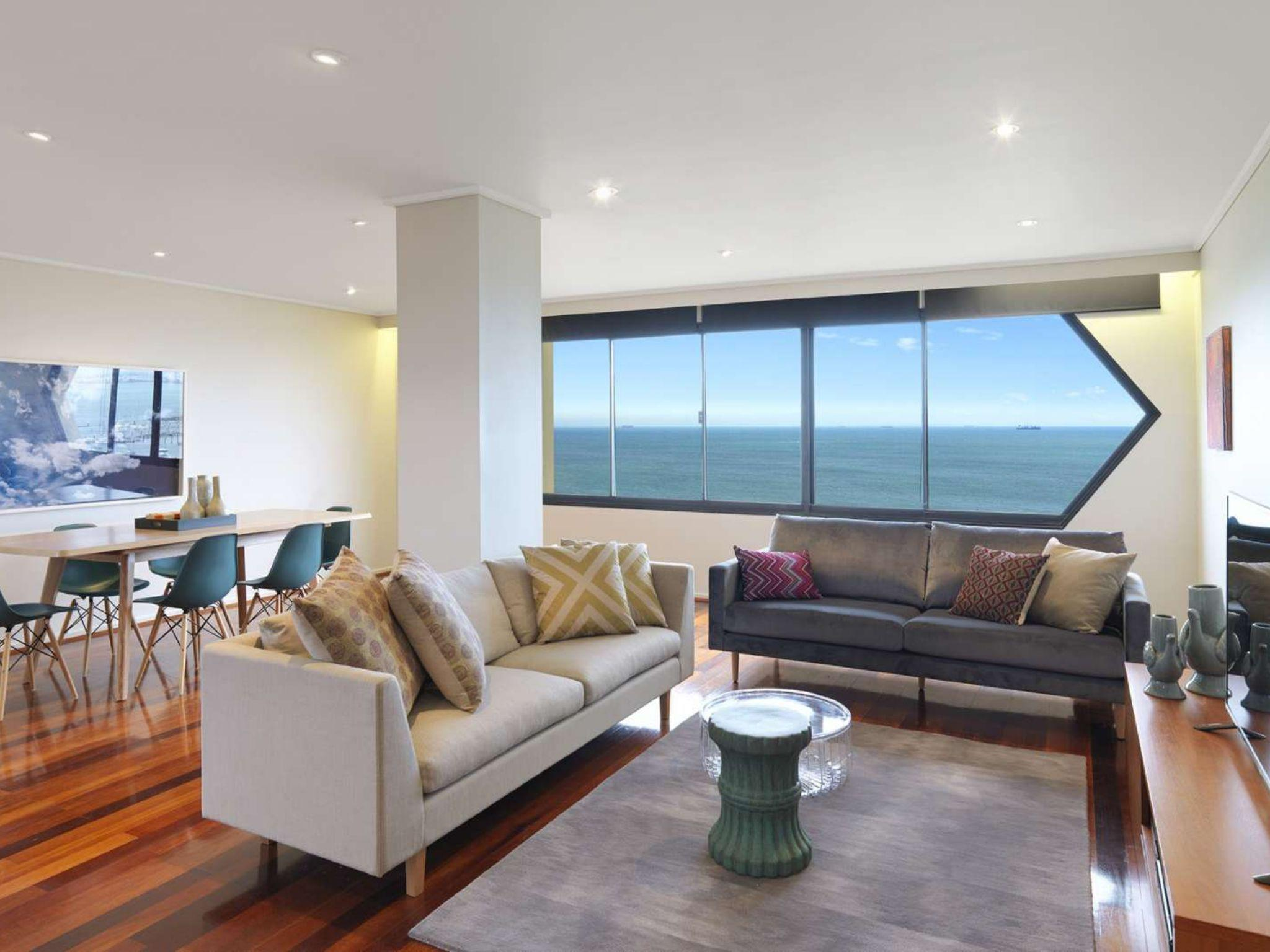 Espresso Apartments Panoramic Views Across The Bay